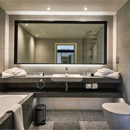 Luxury hotel bathroom pod | Offsite Solutions